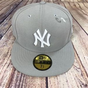 New Era 59Fifty New York Yankees MLB 7 5/8 hat